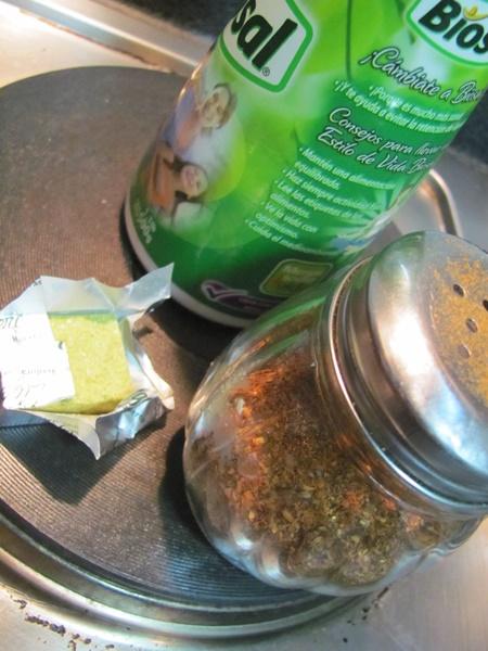 Esta vez yo usé sal, merkén y una pizca de caldo de verduras en caluga