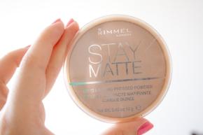 """Stay Matte"" de RimmelLondon"
