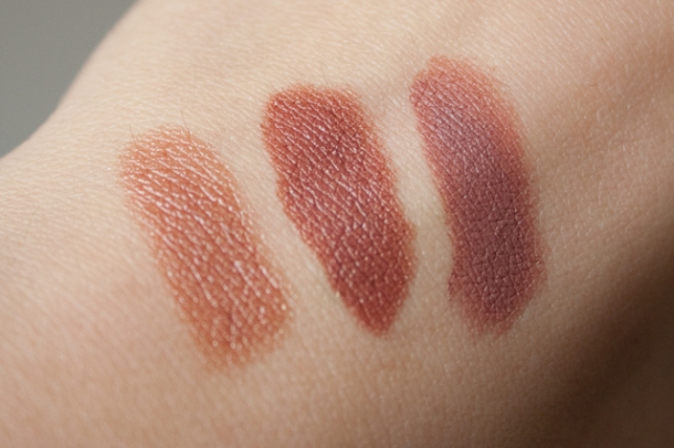 Swatches de izq. a der: Brown Sugar, Toffee y Taupe.