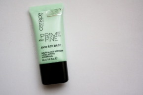 Prime and fine: anti red-base de Catrice