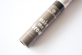 Make me brow de Essence (02 browny brows)
